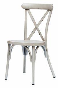VINTAGE kovová stolička s trendovým dizajnom