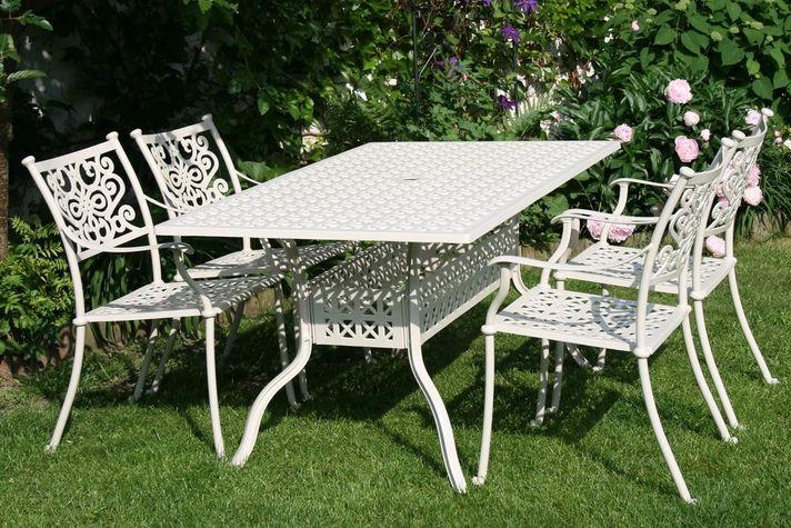 BARNSLEY TINTINHAL WHITE 4 kovové stoličky so stolom 89 x 158 cm
