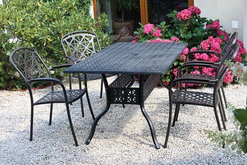 LYNTON TINTINHAL 4 kovové stoličky so stolom 89 x 158 cm